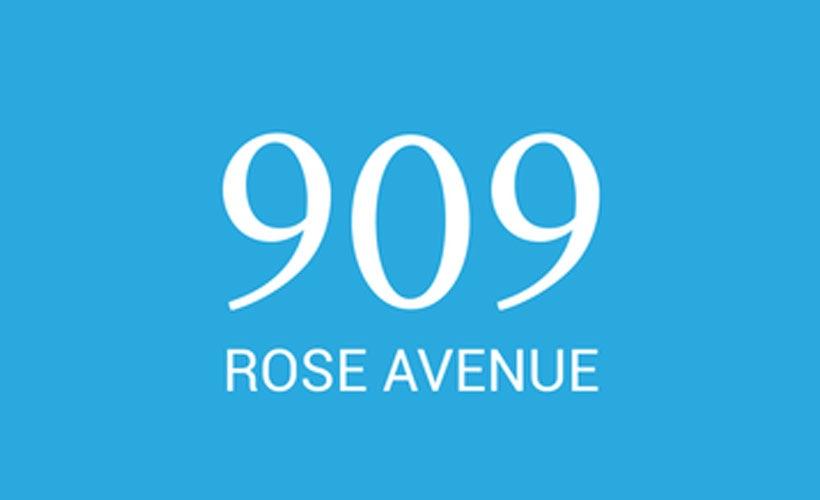 909 Rose